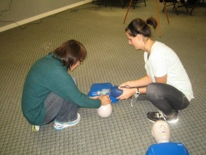 Kelowna First Aid standard first aid and CPR re-certification courses in Kelowna, B.C.